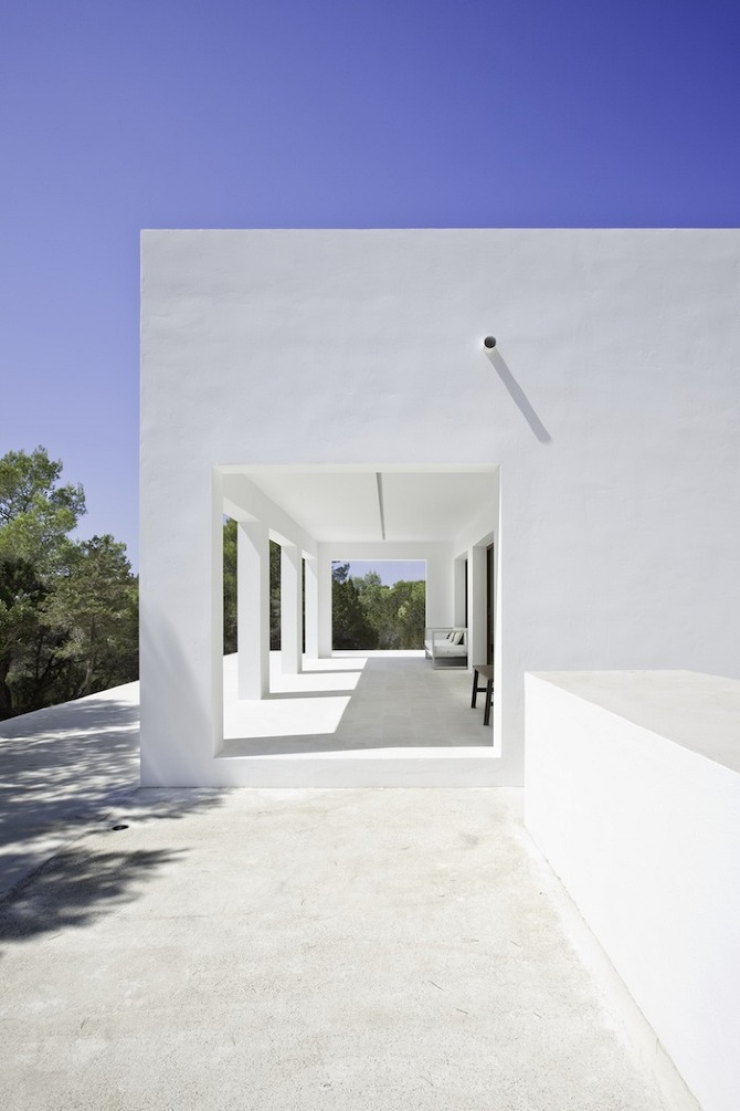 05 7313 Casa Amalia by Marià Aastelló, Arquitecte on thisispaper.com